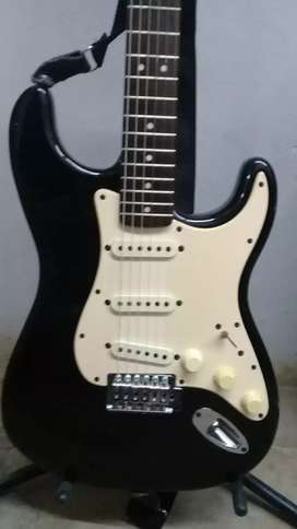 Guitarra squier by fender