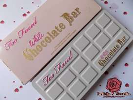 Paleta de sombras marca  Too Faced