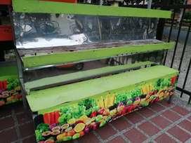 Se vende estanteria de verduras y frutas para fruver tenemos varios para la venta