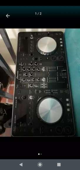 CONSOLA DJ XDJ R1