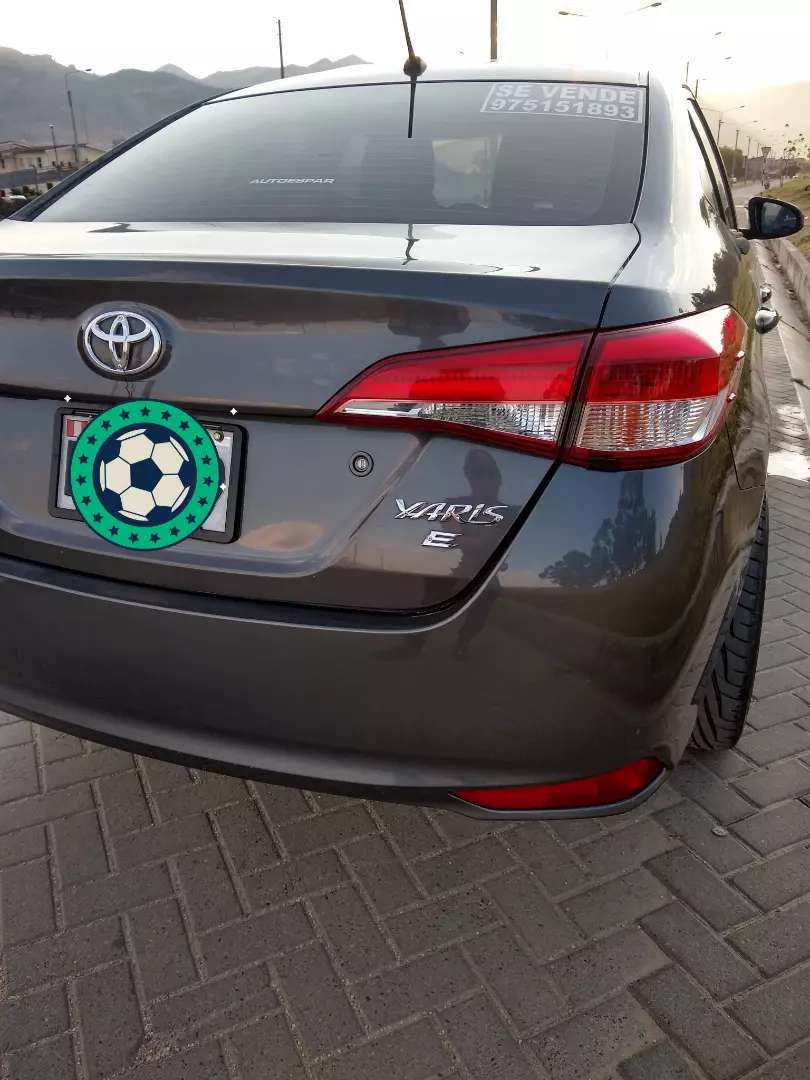 Toyota Yaris Full Equipo 2017 Modelo 2018 0