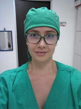 Me ofrezco como enfermera para cuidados en casa.