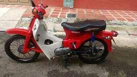 Motocicleta Honda C70
