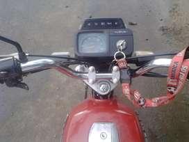 Vendo partes de ax 100 o toda la moto