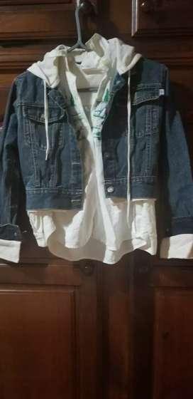 Vendo conjunto de camisa blanca talle 10