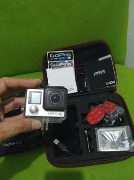 Camara Gopro 4 hero blak con sus accesorios