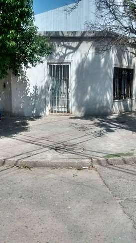 VENTA DE CASA EN EL CORAZÓN DE ALBERDI