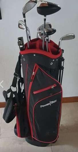 Imperdible equipo de golf - Carro, bolsa y palos NUEVOS (sólo se usaron dos veces)