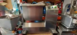 Mezcladora de alimentos de 25 litros