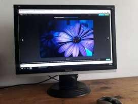 Monitor ViewSonic para computador de 22 pulgadas en Perfecto estado