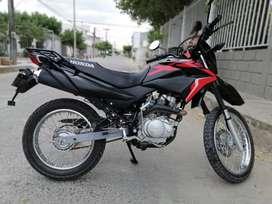 MOTO HONDA XR150L MODELO 2020
