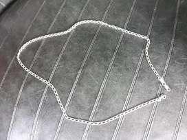 Cadena y anillos de plata pura