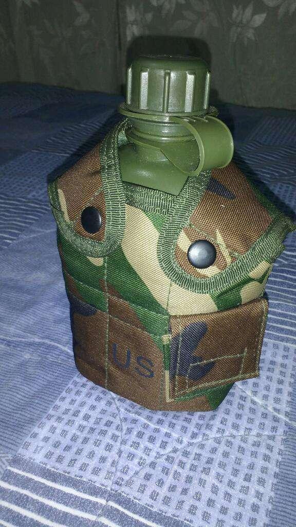 Cantimploras Militares 0