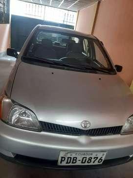 Se vende Toyota Yaris en perfectas condiciones