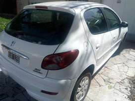 Peugeot 207 HDI 1.4 2011 sedan 5 puertas  IMPECABLE !!