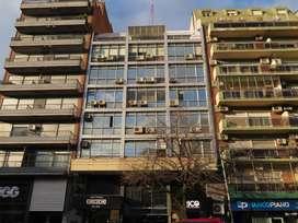 EXCELENTE OFICINA 5 AMBIENTES, 65m2, AV TRIUNVIRATO y LA PAMPA,