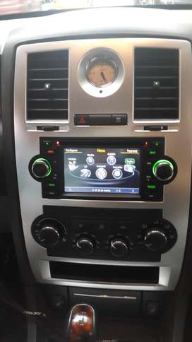 ESTEREO CENTRAL MULTIMEDIA STEREO CHRYSLER 300C PT CRUISER TOWN COUNTRY ANDROID BLUETOOTH DOBLE DIN