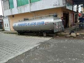 Tanquero par transportar lacteos o cualquier liquido