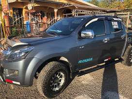 Vendo Isuzu D-Max Negosiable
