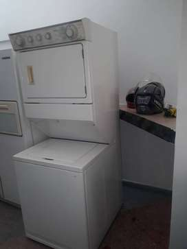 Lavadora secadora Whirlpool Americana