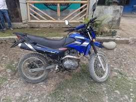 Vendo esta moto
