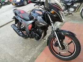 Se Vende Moto Yamaha Szr Único Dueño
