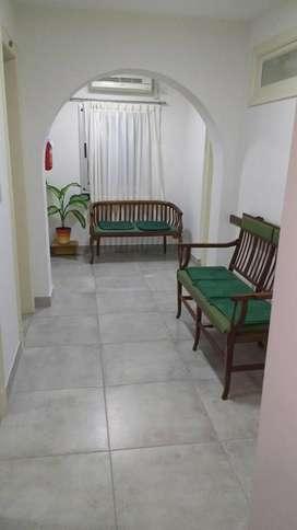 Alquilo consultorios médicos / en San Martín zona céntrica