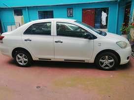 Toyota Yaris 2008 en buen estado