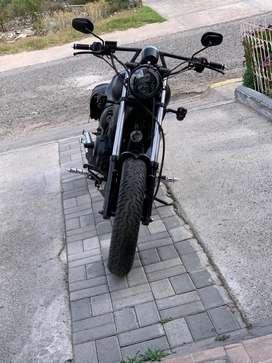 Moto tipo custom