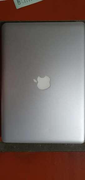 Se vende macbook pro  procesador intel core I5