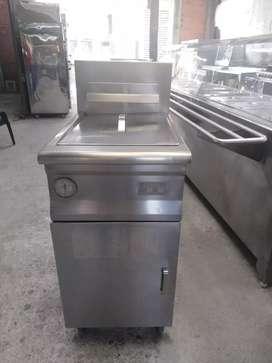 Freidor industrial pollo broaster con termostato y válvula de unitron en acero
