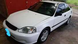 Se vende honda civic dx