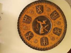 Plato antiguo en cobre de gran tamaño
