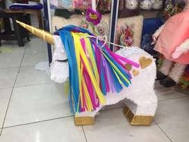 Venta de negocio miscelanea piñateria papeleria