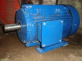 """Motor """"Altium-Schnaider"""" 12,5 CV x 2900 RPM"""