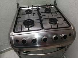 Vendo cocina con horno, excelente estado como nueva