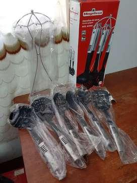 Vendo juego cucharones MEGAFESA