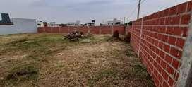 VENDO-PERMUTO terreno en el barrio Los Jilgueros!