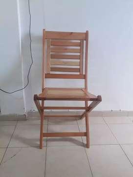 Vendo 4 sillas de Eucalipto