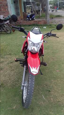 Moto dukare 250