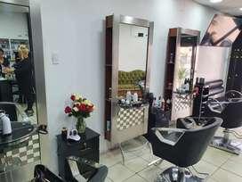 Se nesesita estilista  y barbero para peluquería