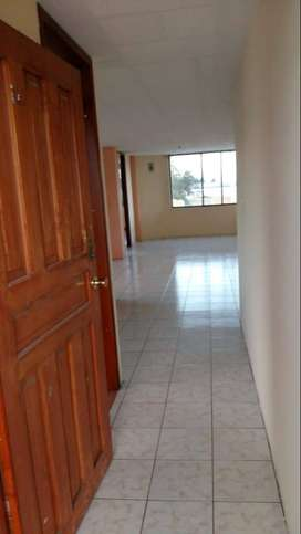Alquilo Departamento  en Latacunga