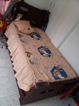 Se venden dos camas más base cama baratas