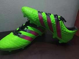 Vendo Guayos Adidas Ace 16.3