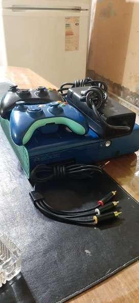 Usado, Xbox 360 Edicion Especial segunda mano  Villa Riachuelo, Capital Federal