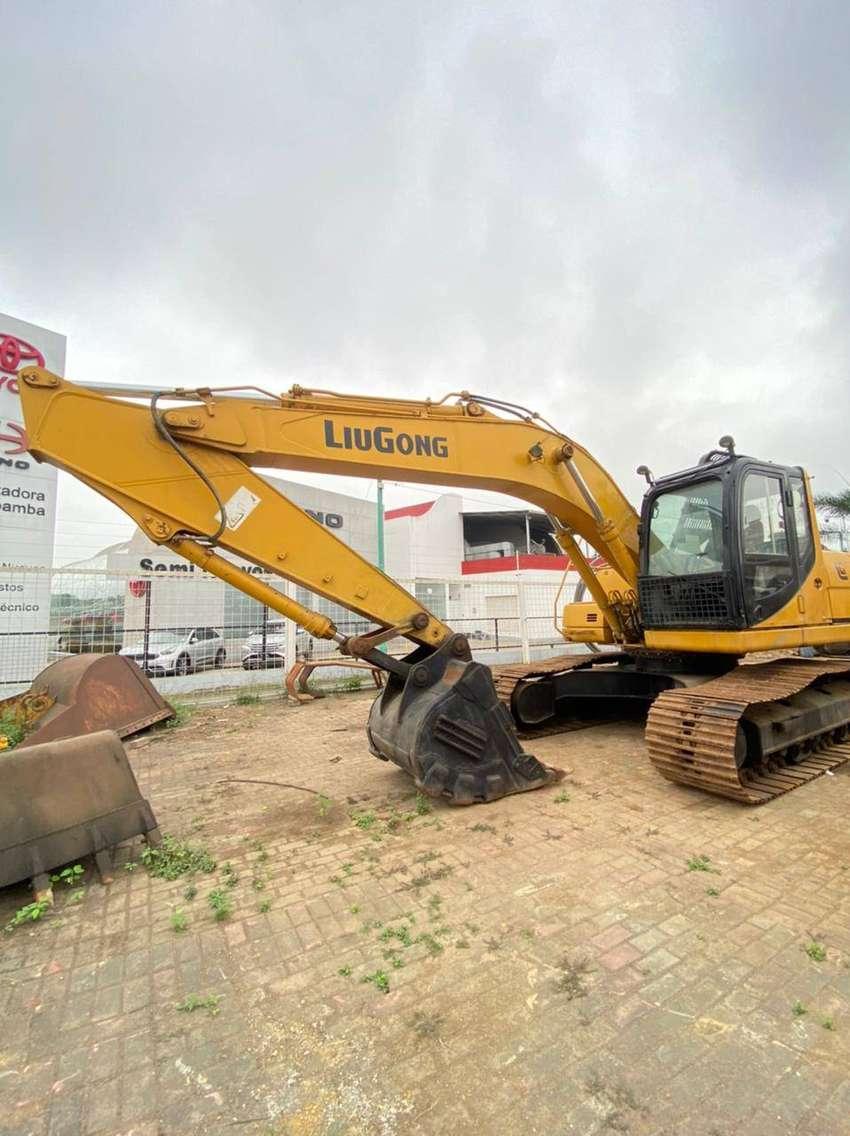Excavadora Liugong CLG922D 22KG POTENCIA  102 KW