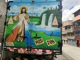 Camión Izusu