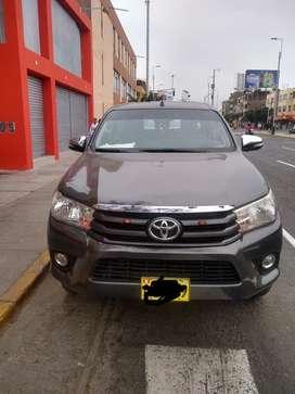 Toyota Hilux modelo 2017 4X2