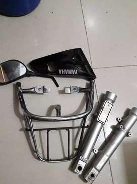 Vendo accesorios de moto libero 125