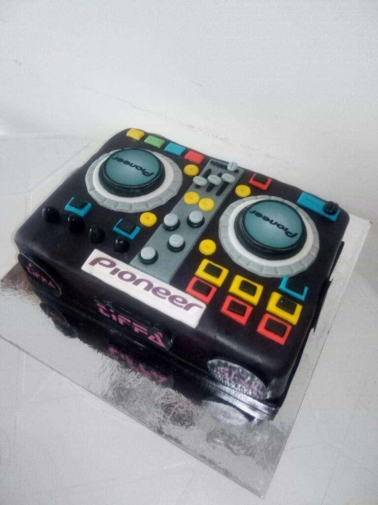 Torta Consola Dj 0